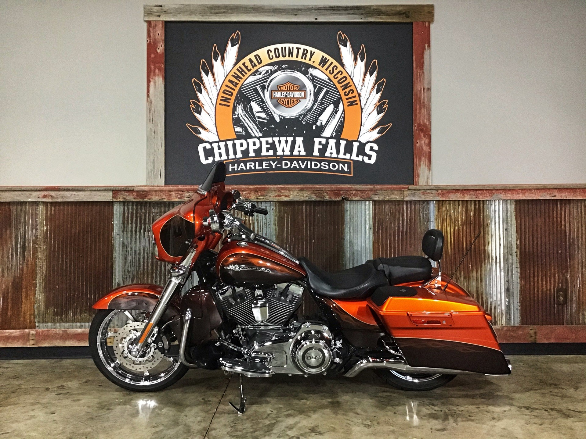 2012 Harley-Davidson CVO™ Street Glide® in Chippewa Falls, Wisconsin - Photo 18