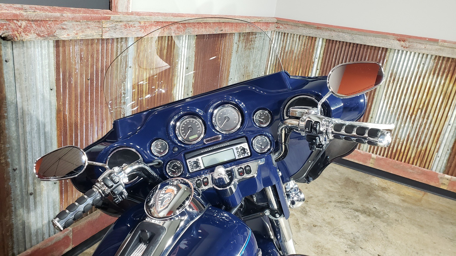 2013 Harley-Davidson Ultra Classic® Electra Glide® in Chippewa Falls, Wisconsin - Photo 12