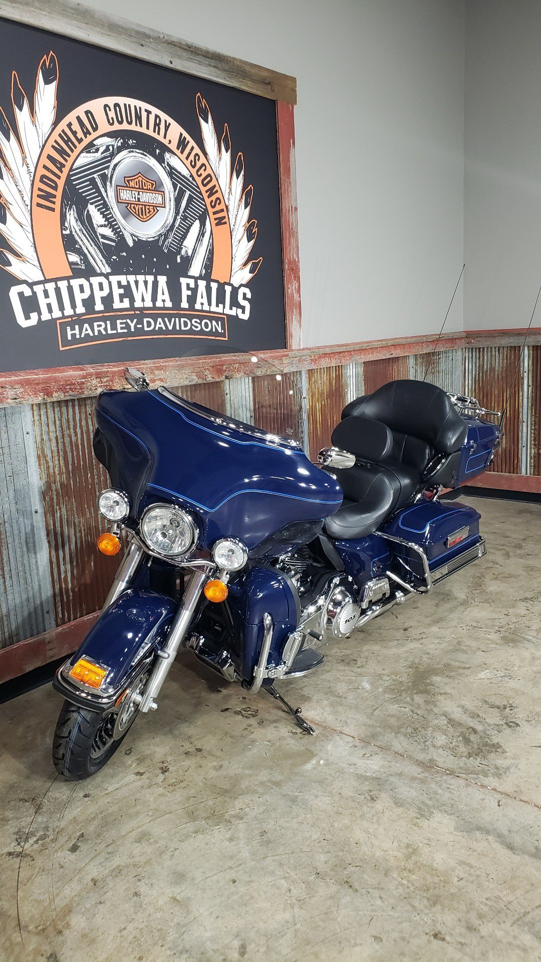 2013 Harley-Davidson Ultra Classic® Electra Glide® in Chippewa Falls, Wisconsin - Photo 9