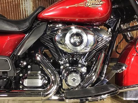 2012 Harley-Davidson Electra Glide® Classic in Chippewa Falls, Wisconsin - Photo 6