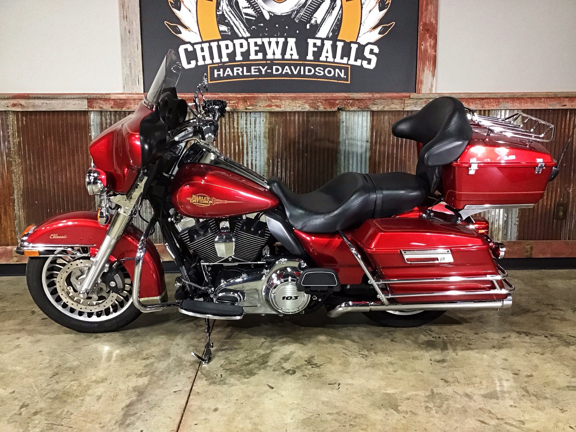 2012 Harley-Davidson Electra Glide® Classic in Chippewa Falls, Wisconsin - Photo 8