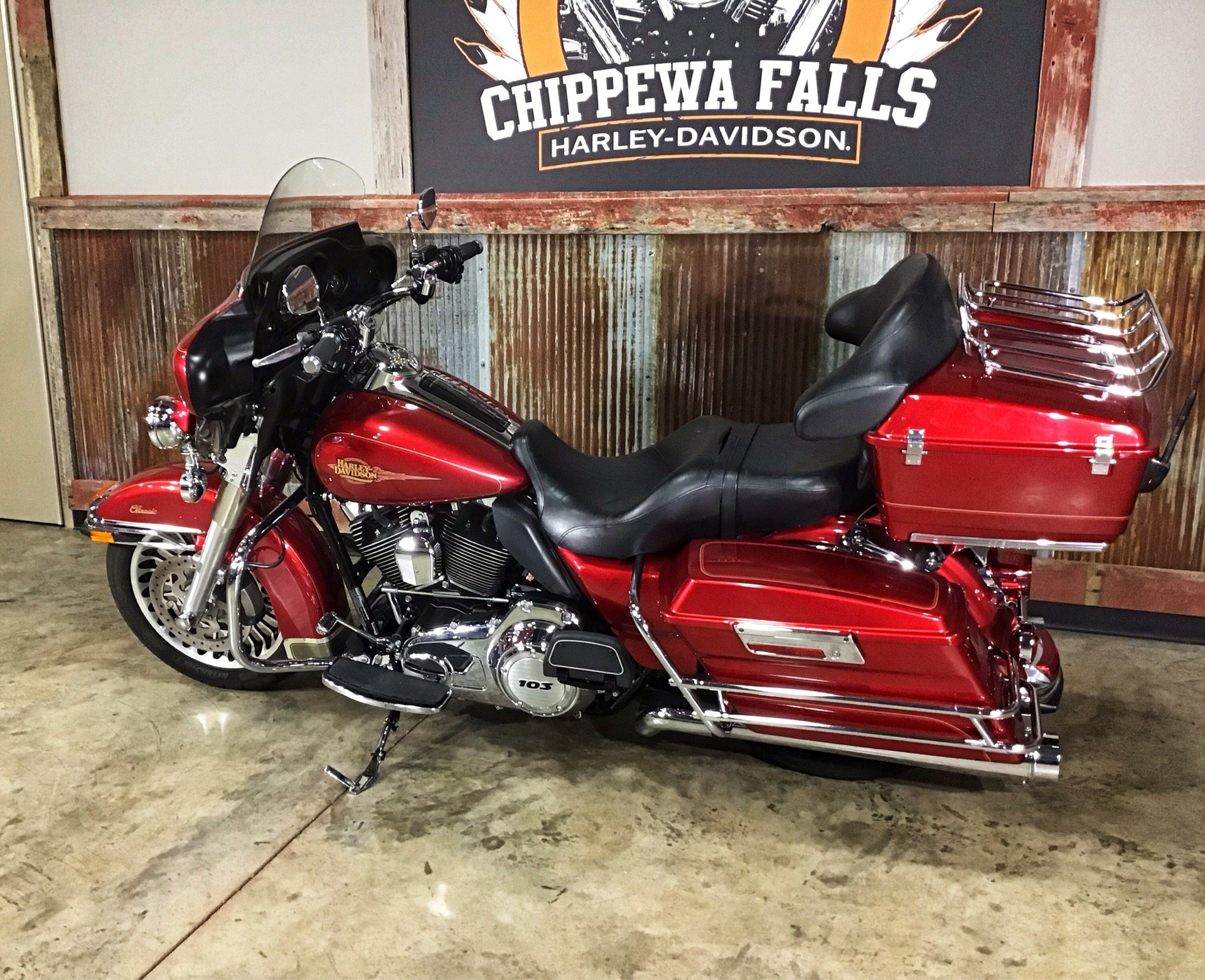2012 Harley-Davidson Electra Glide® Classic in Chippewa Falls, Wisconsin - Photo 10