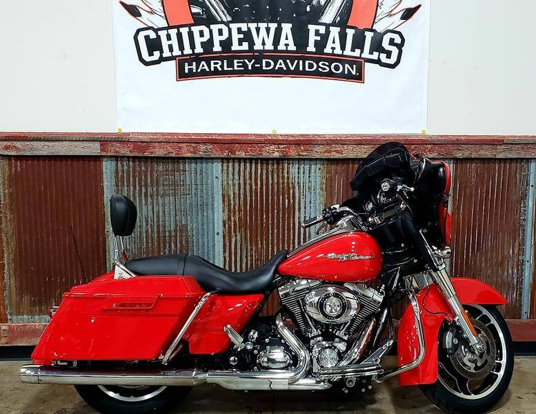 2010 Harley-Davidson Street Glide® in Chippewa Falls, Wisconsin - Photo 1