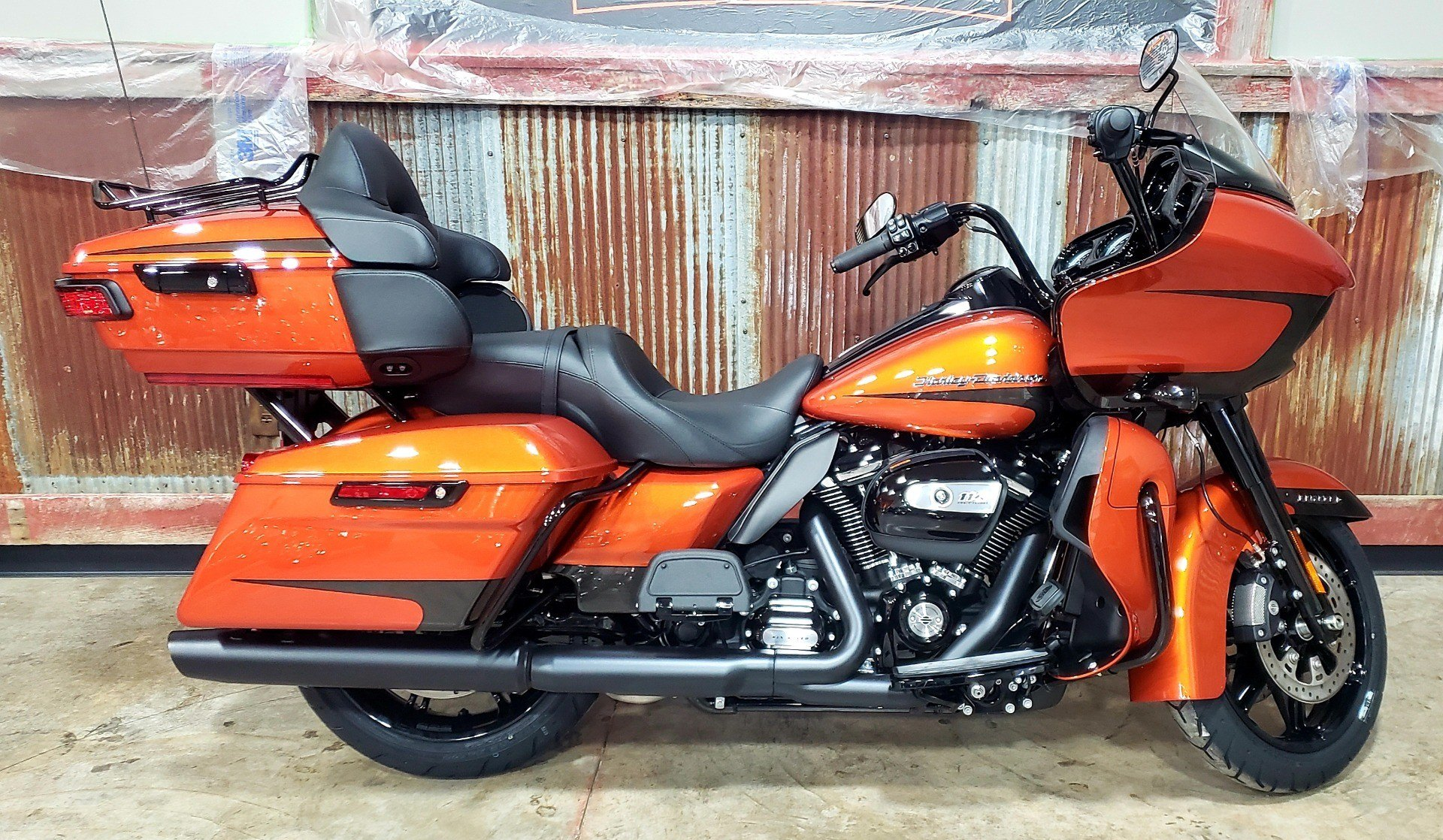 2020 Harley-Davidson Road Glide® Limited in Chippewa Falls, Wisconsin - Photo 1