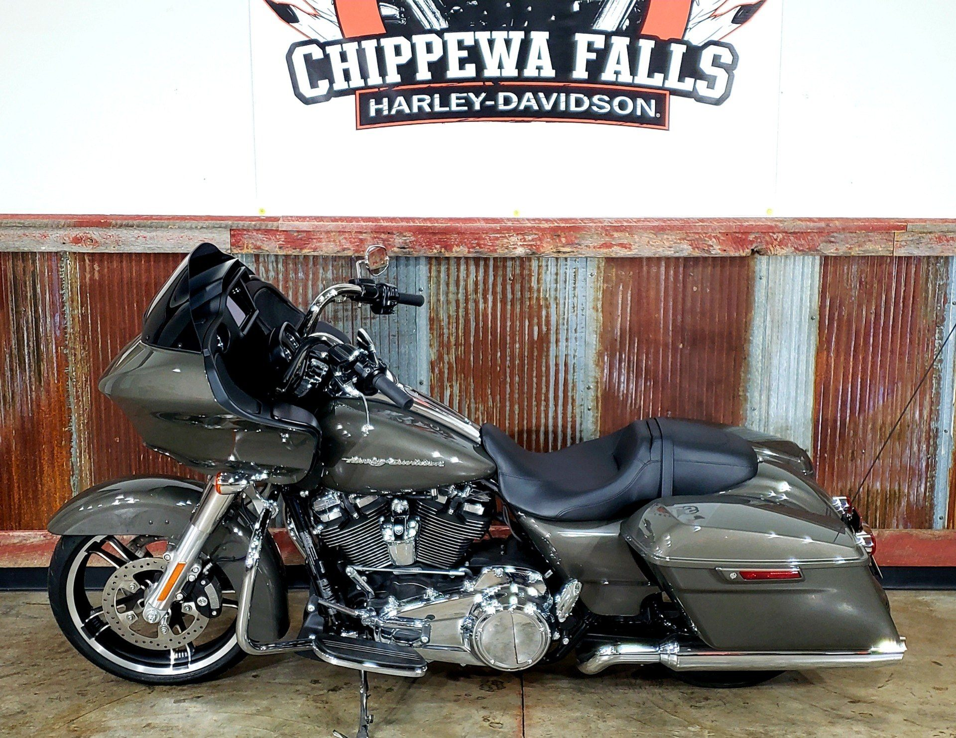 2019 Harley-Davidson Road Glide® in Chippewa Falls, Wisconsin - Photo 3