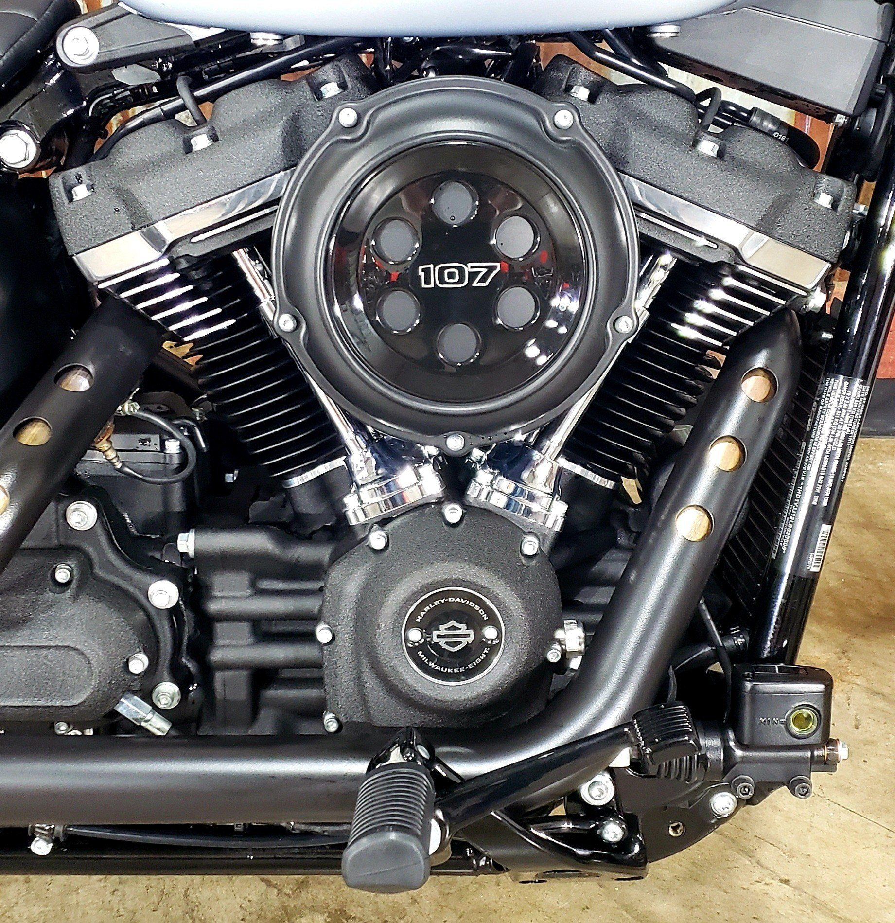 2020 Harley-Davidson Street Bob® in Chippewa Falls, Wisconsin - Photo 6