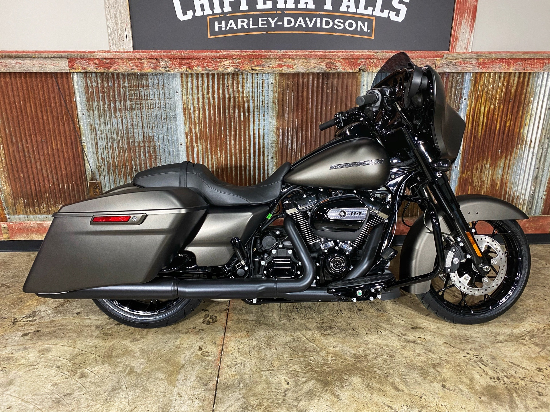 2020 Harley-Davidson Street Glide® Special in Chippewa Falls, Wisconsin - Photo 1