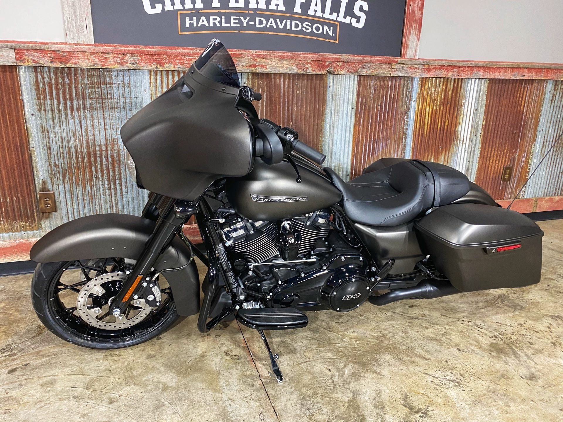 2020 Harley-Davidson Street Glide® Special in Chippewa Falls, Wisconsin - Photo 14