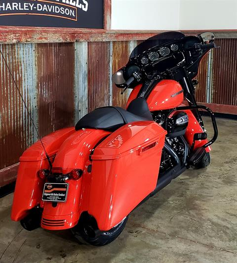 2020 Harley-Davidson Street Glide® Special in Chippewa Falls, Wisconsin - Photo 6