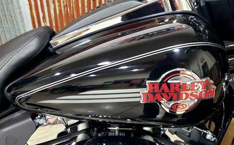 2007 Harley-Davidson Ultra Classic® Electra Glide® in Chippewa Falls, Wisconsin - Photo 6