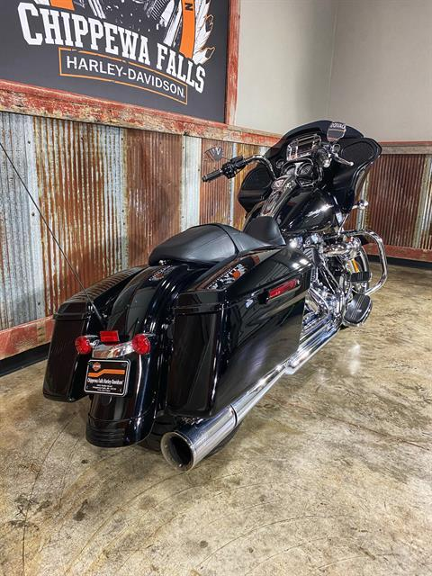 2015 Harley-Davidson Road Glide® in Chippewa Falls, Wisconsin - Photo 8