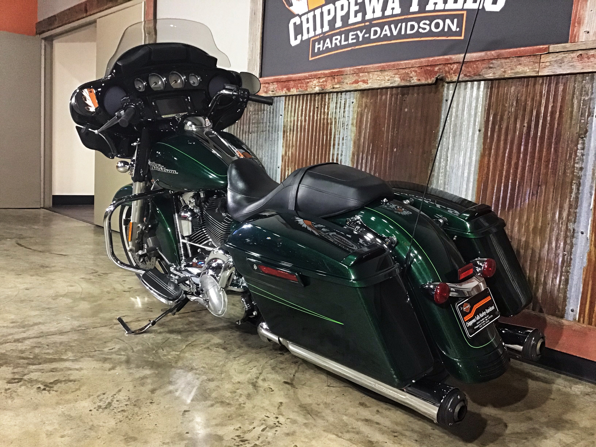 2015 Harley-Davidson Street Glide® Special in Chippewa Falls, Wisconsin - Photo 12