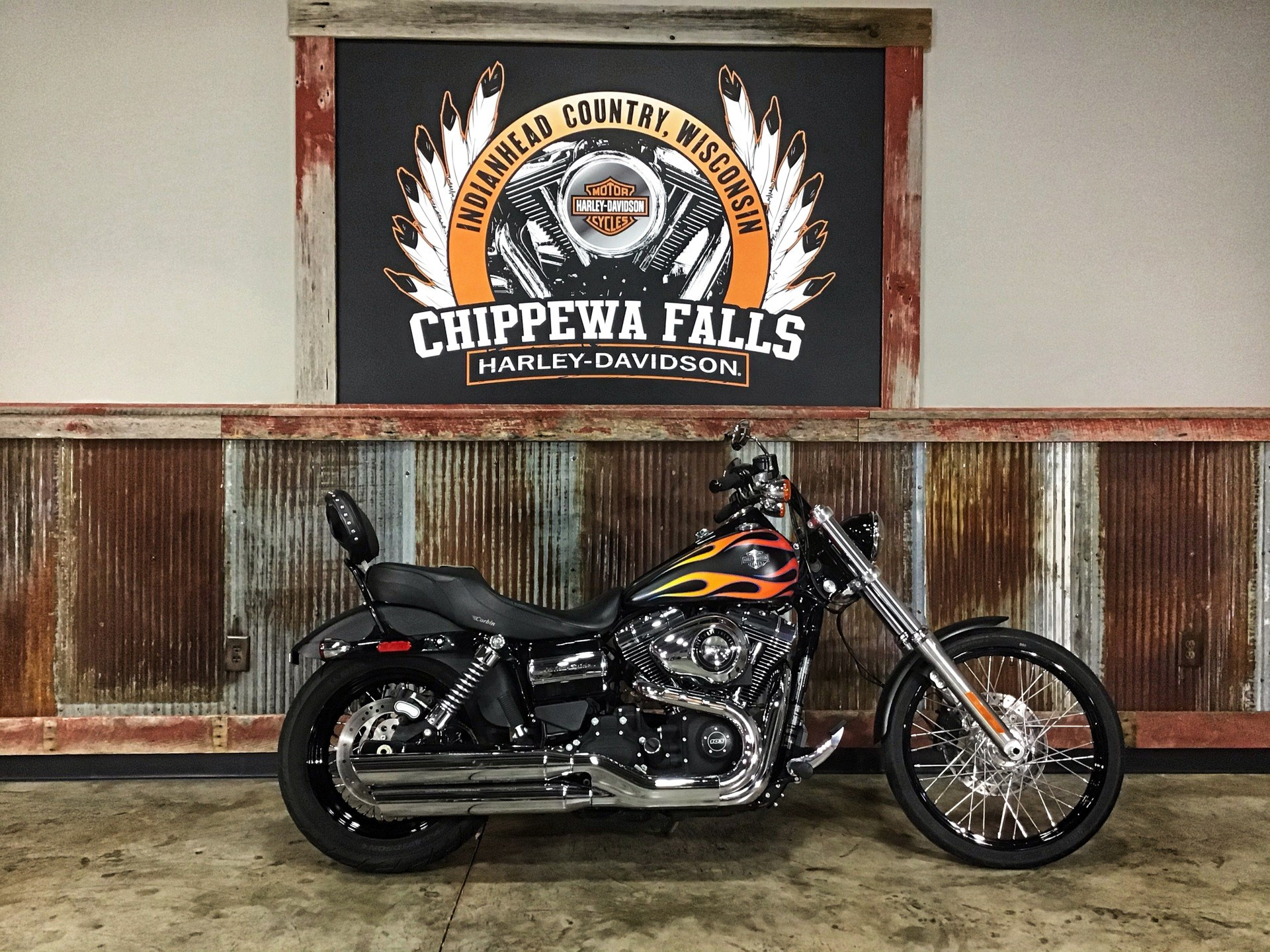 2015 Harley-Davidson Wide Glide® in Chippewa Falls, Wisconsin - Photo 2