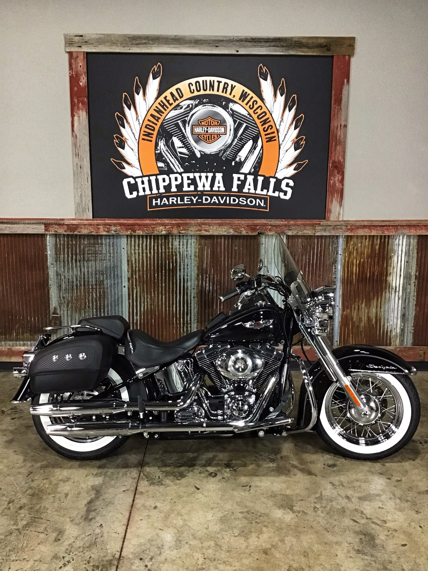 2011 Harley-Davidson Softail® Deluxe in Chippewa Falls, Wisconsin - Photo 2