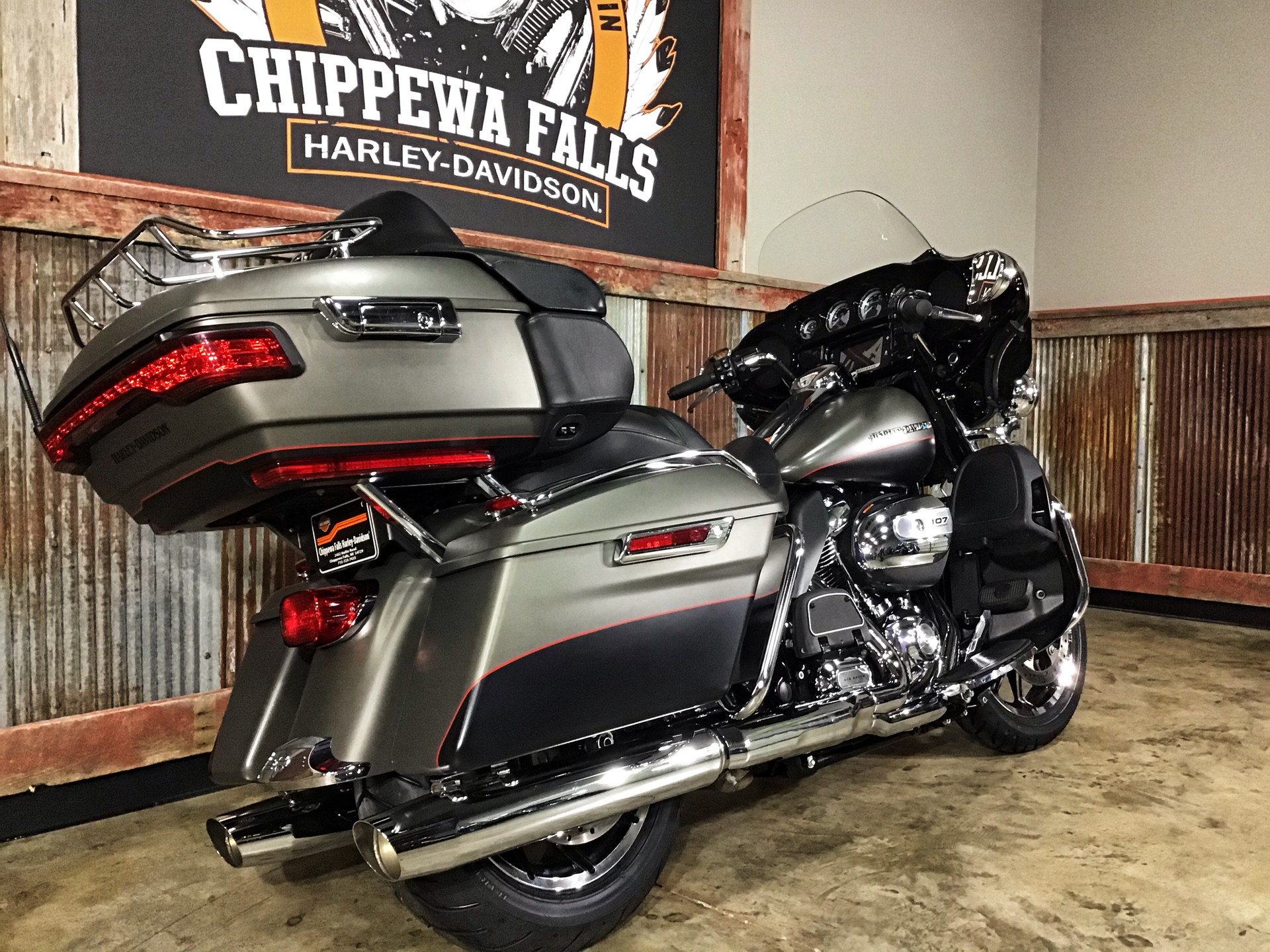 2018 Harley-Davidson Ultra Limited in Chippewa Falls, Wisconsin - Photo 5