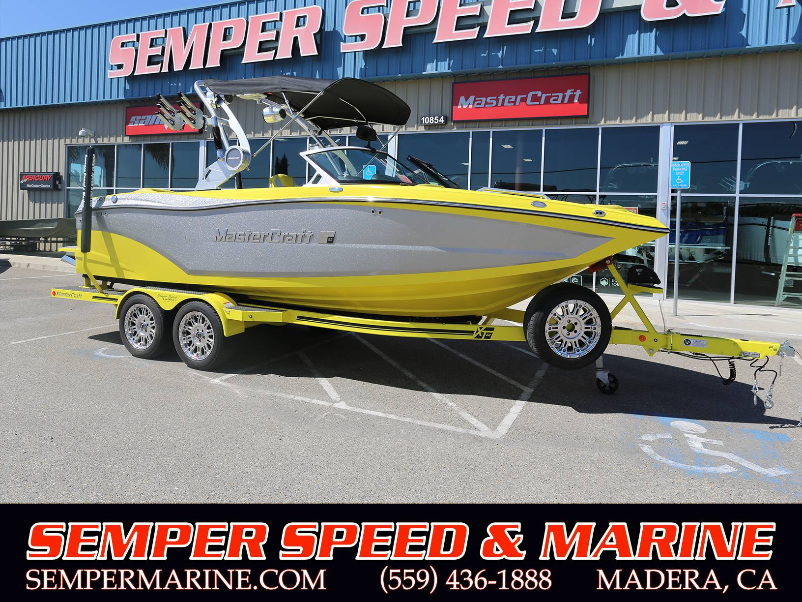 2020 Mastercraft XT22 in Madera, California - Photo 1