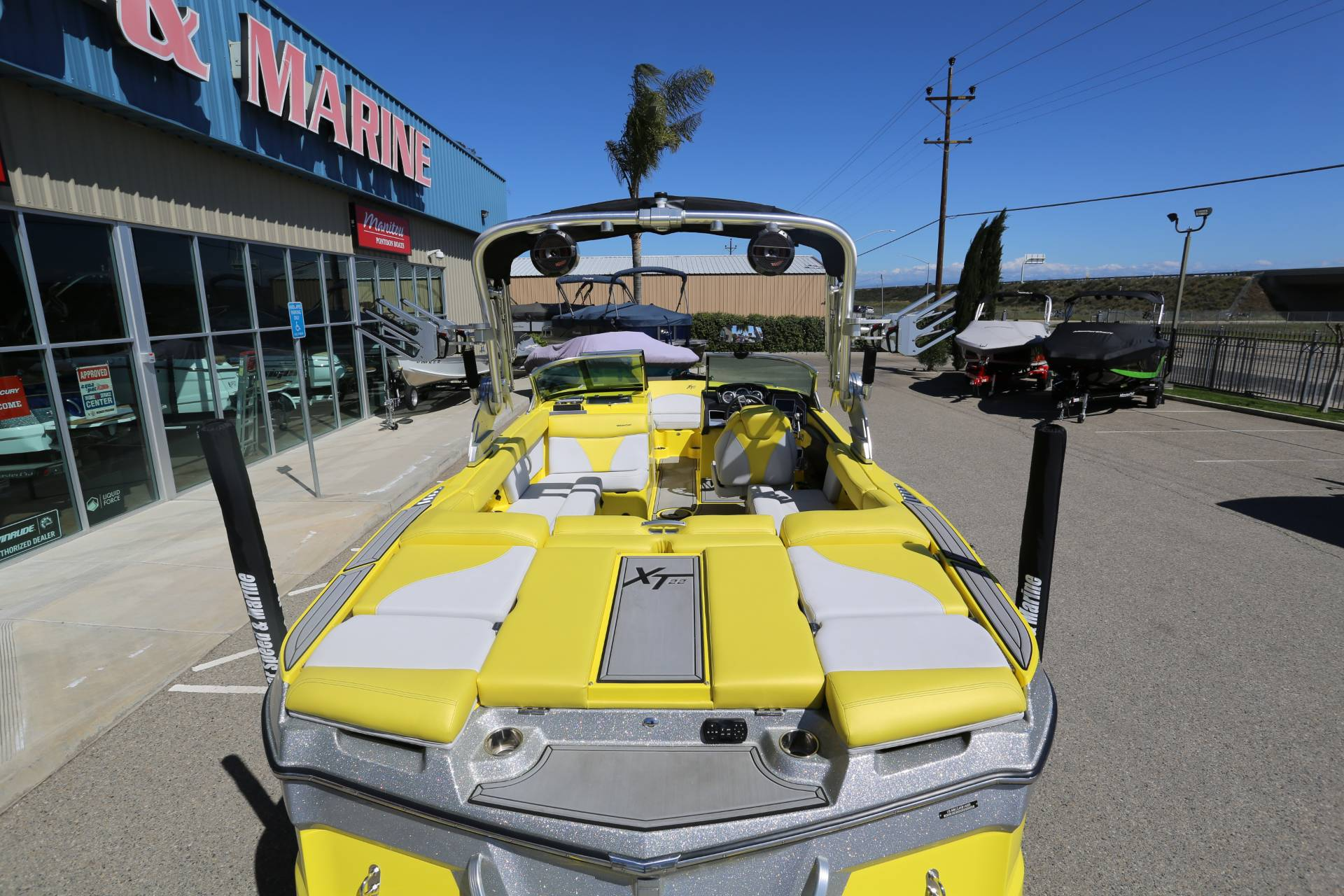 2020 Mastercraft XT22 in Madera, California - Photo 4