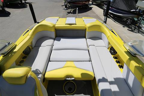 2020 Mastercraft XT22 in Madera, California - Photo 8