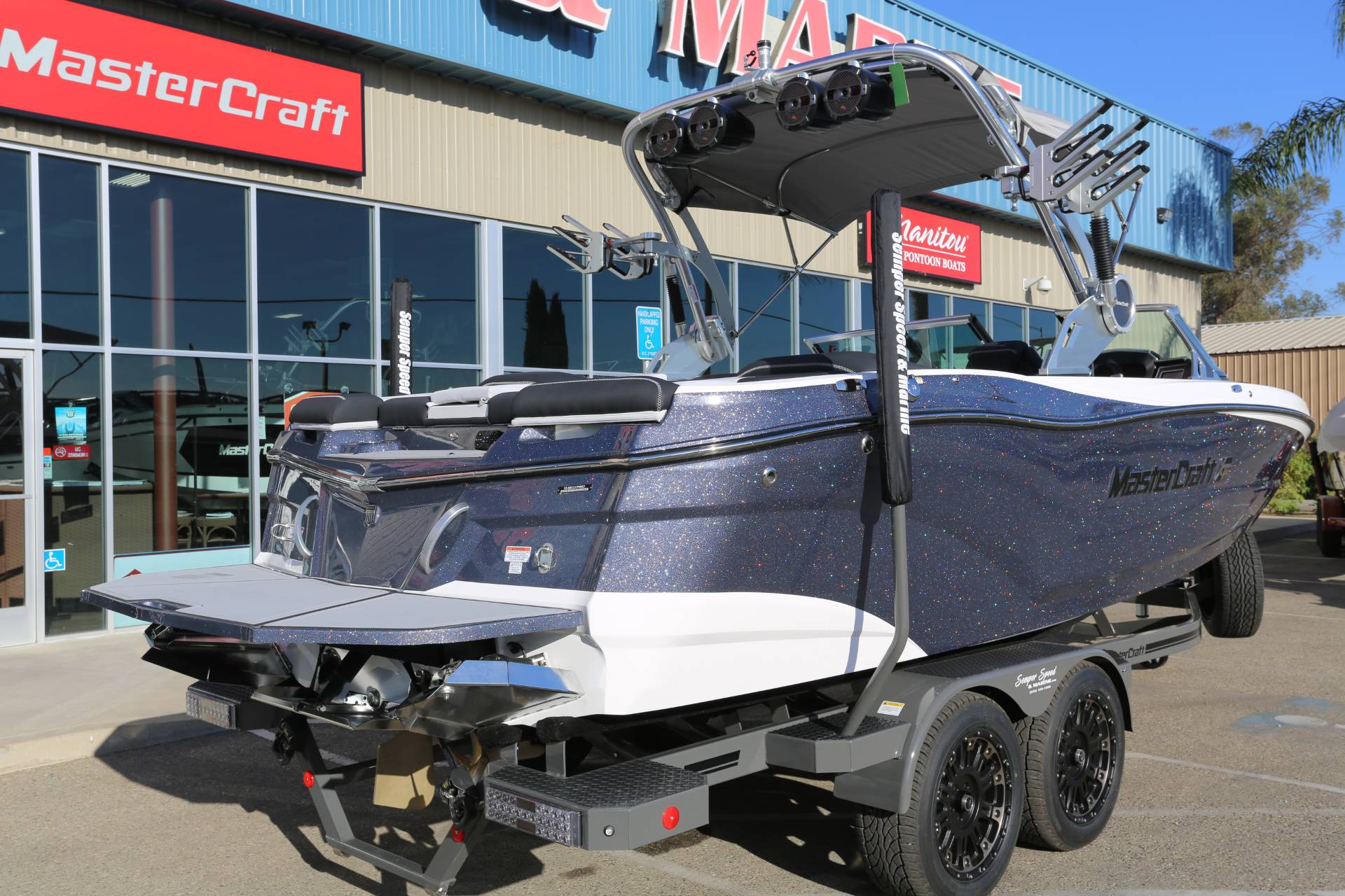 2021 Mastercraft XT22 in Madera, California - Photo 6