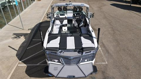 2021 Mastercraft XT22 in Madera, California - Photo 8