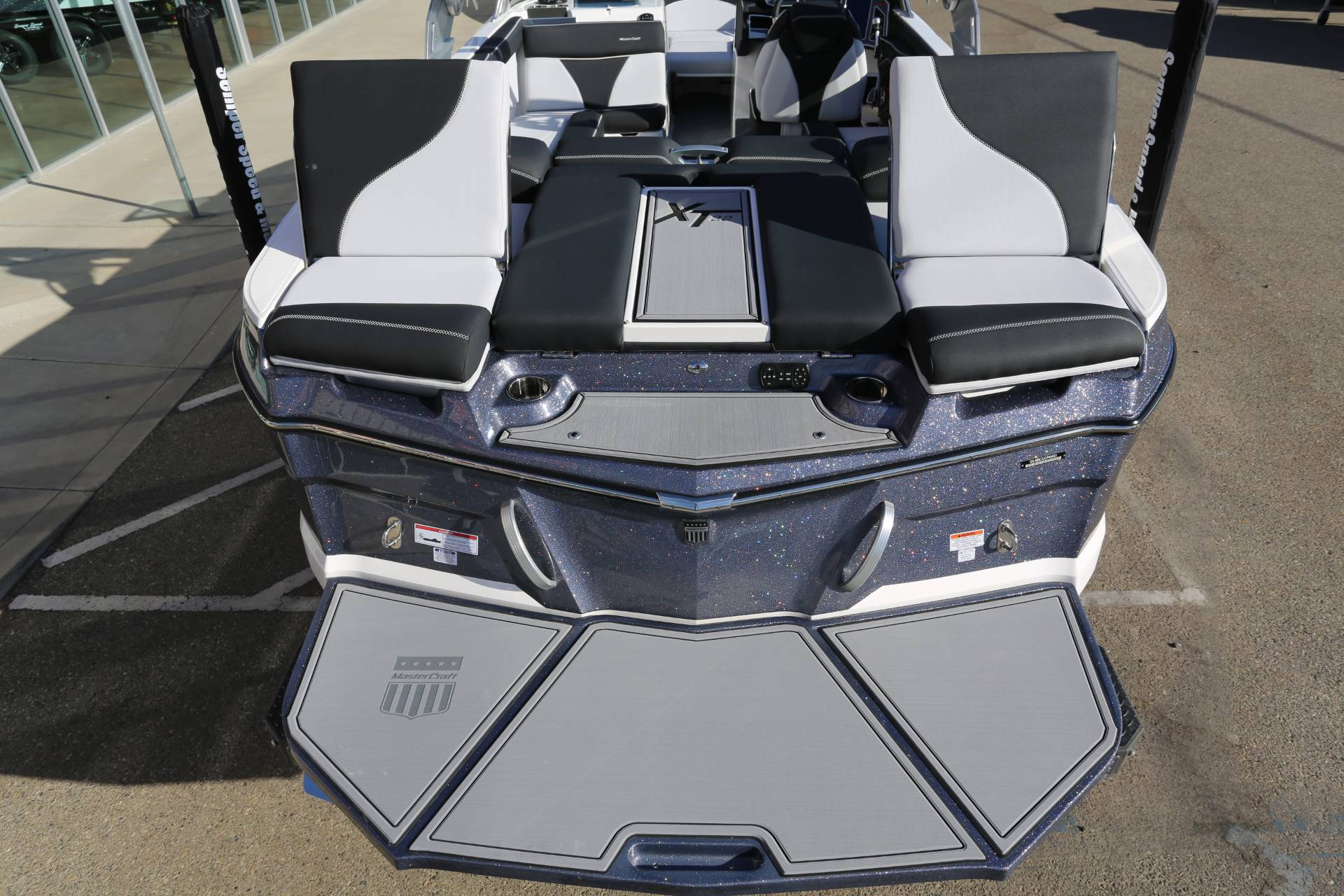 2021 Mastercraft XT22 in Madera, California - Photo 10