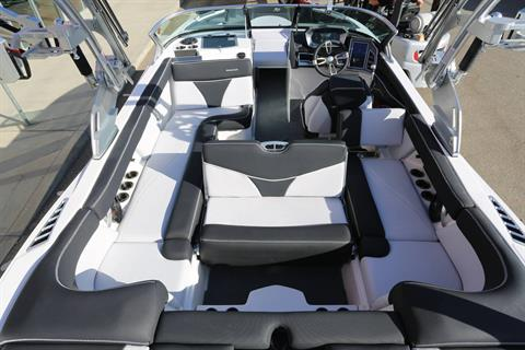 2021 Mastercraft XT22 in Madera, California - Photo 12