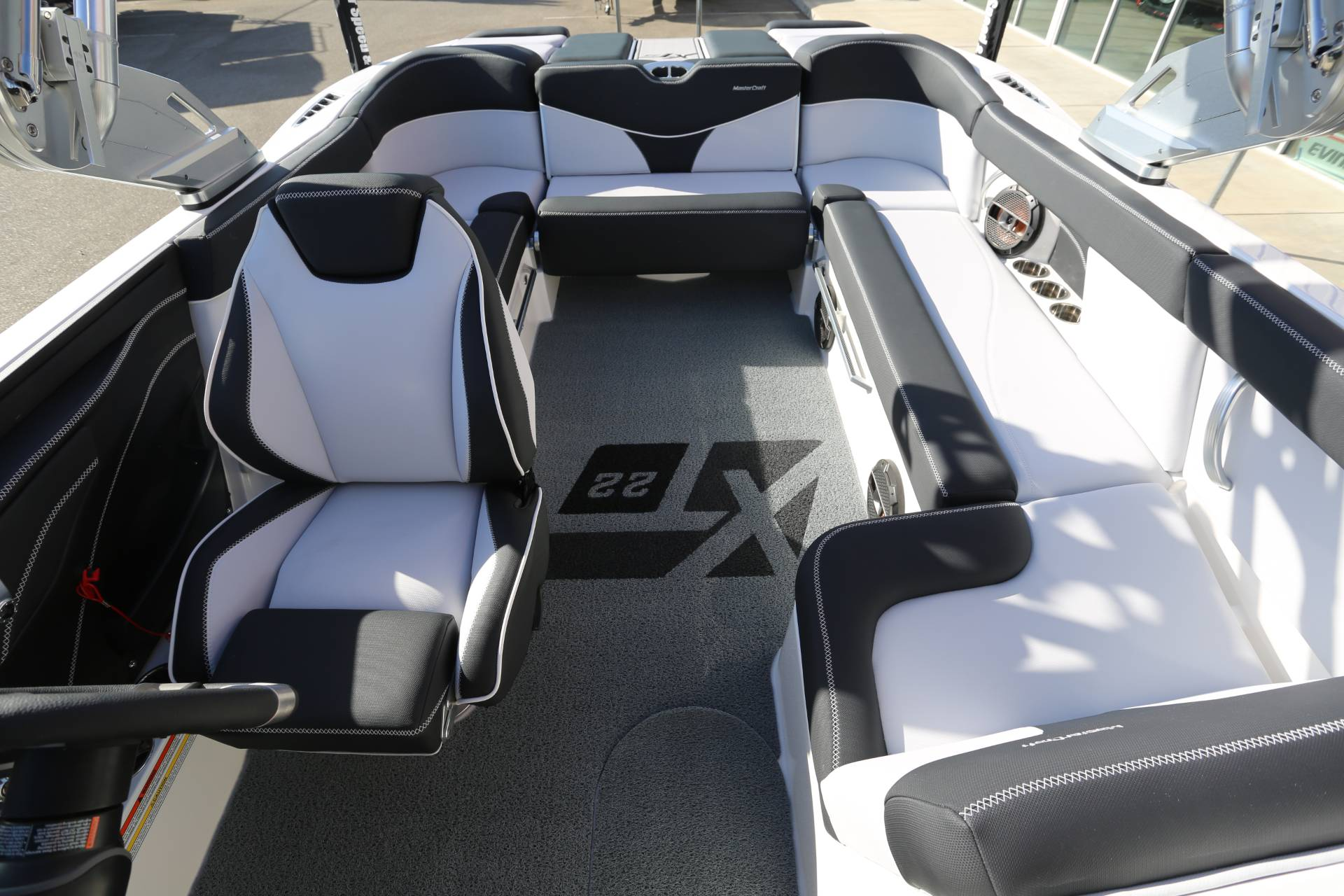 2021 Mastercraft XT22 in Madera, California - Photo 26