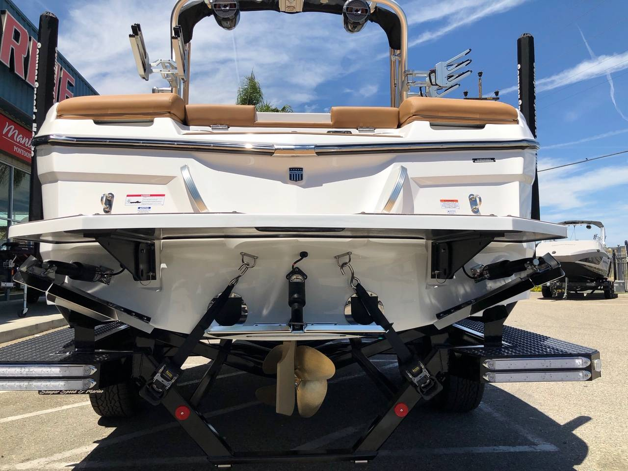 2019 Mastercraft XT22 in Madera, California - Photo 5