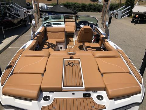 2019 Mastercraft XT22 in Madera, California - Photo 6