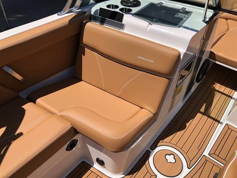 2019 Mastercraft XT22 in Madera, California - Photo 9
