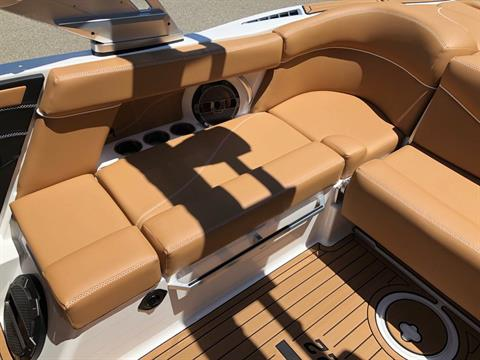 2019 Mastercraft XT22 in Madera, California - Photo 13