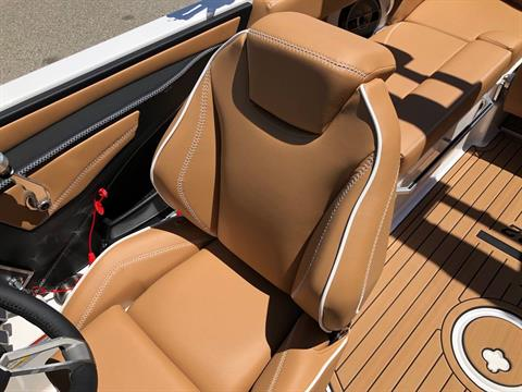 2019 Mastercraft XT22 in Madera, California - Photo 16