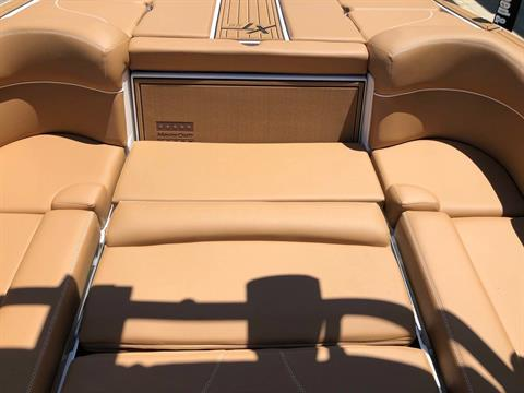 2019 Mastercraft XT22 in Madera, California - Photo 18