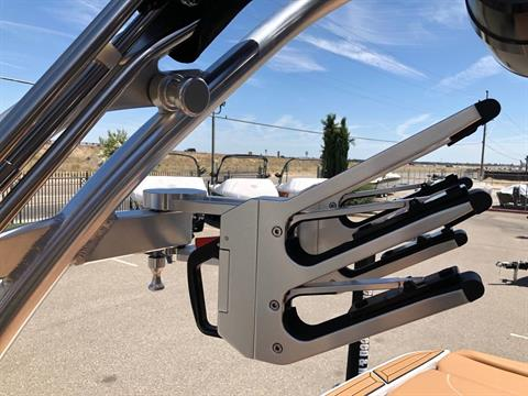 2019 Mastercraft XT22 in Madera, California - Photo 22