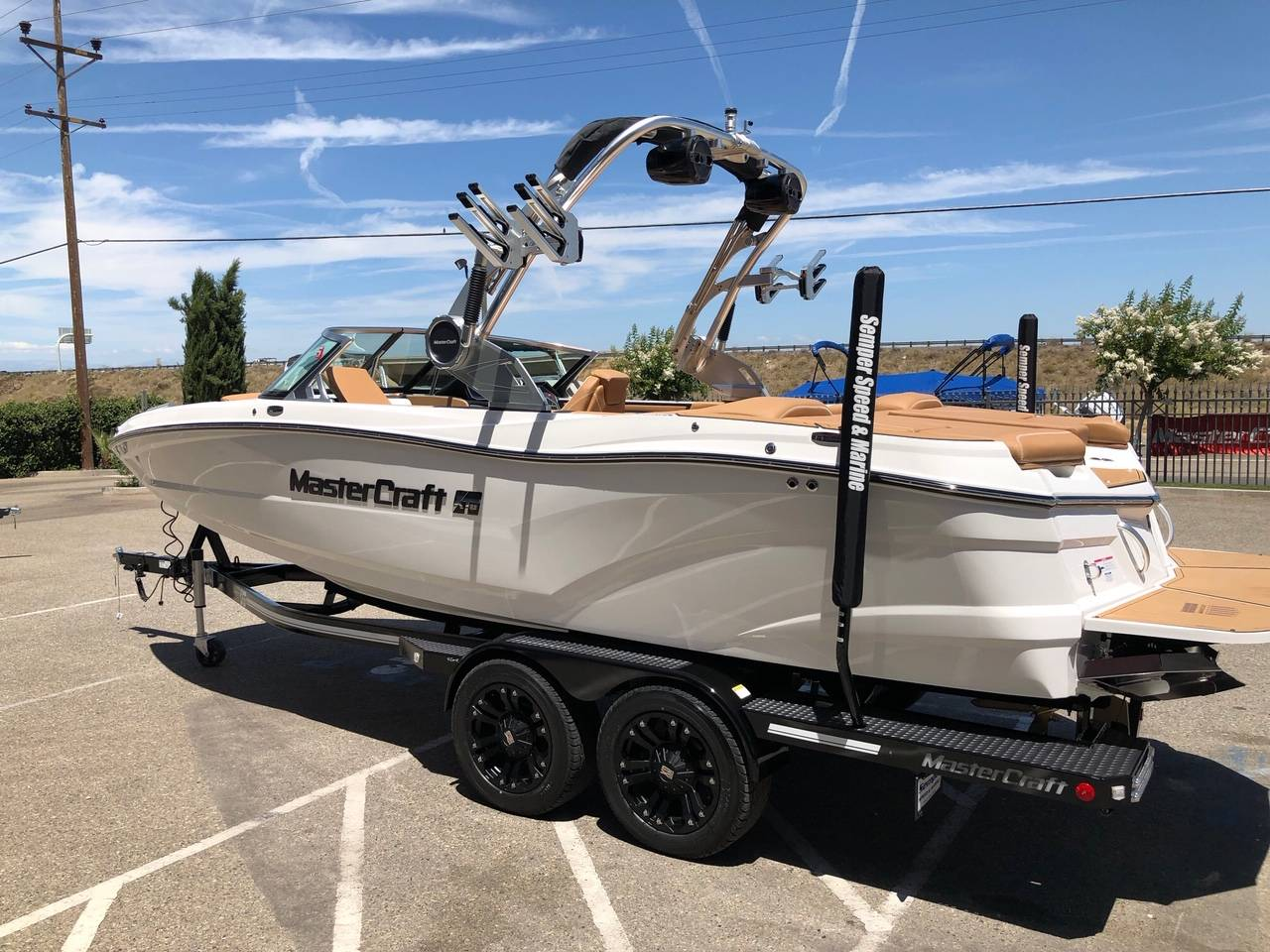 2019 Mastercraft XT22 in Madera, California - Photo 26