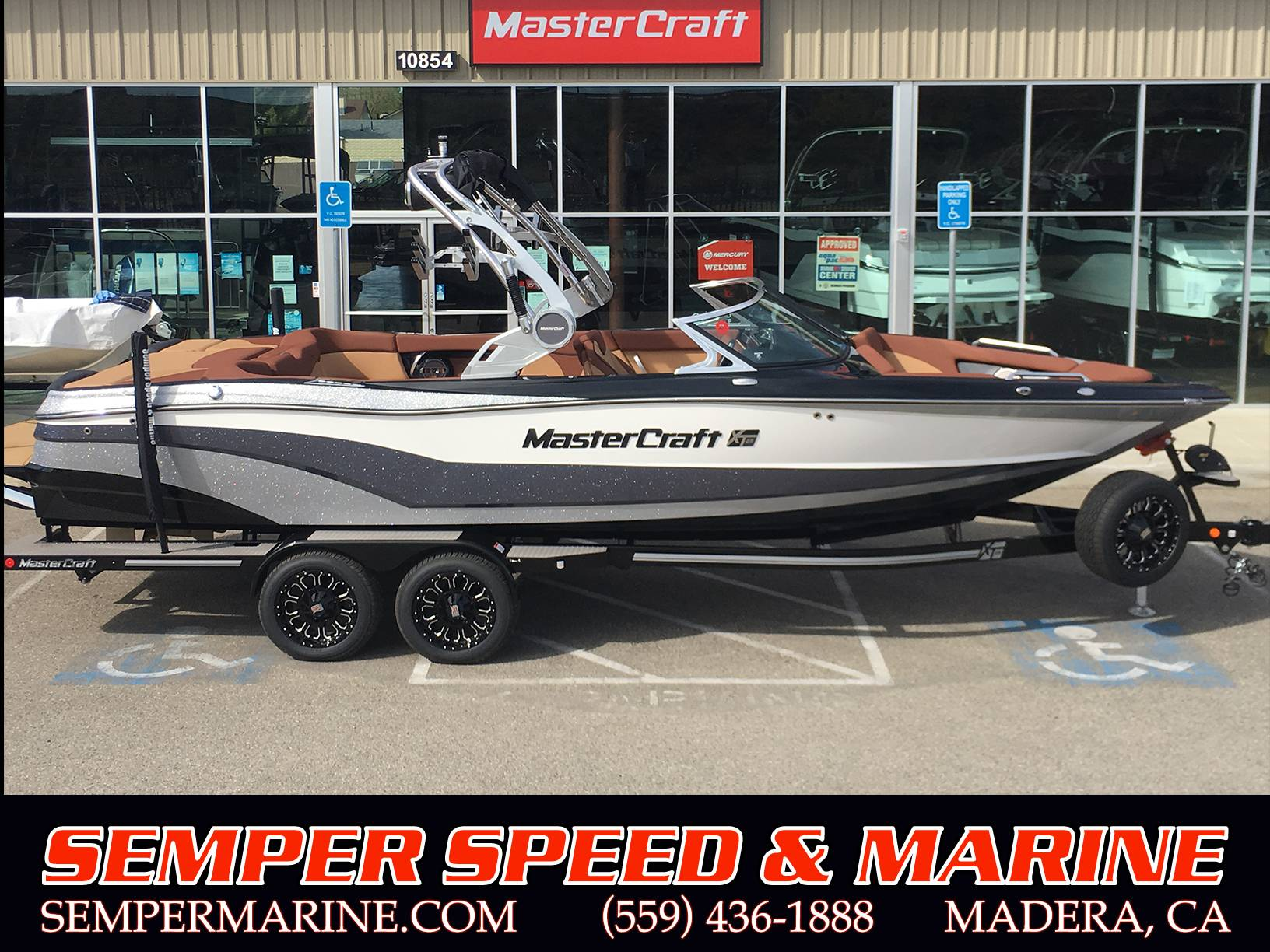2018 Mastercraft XT25 in Madera, California - Photo 1