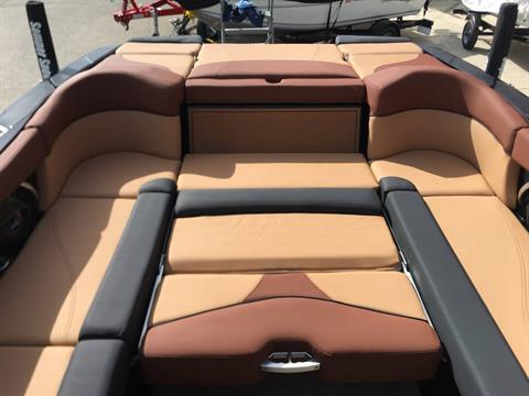 2018 Mastercraft XT25 in Madera, California - Photo 4