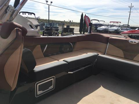 2018 Mastercraft XT25 in Madera, California - Photo 10