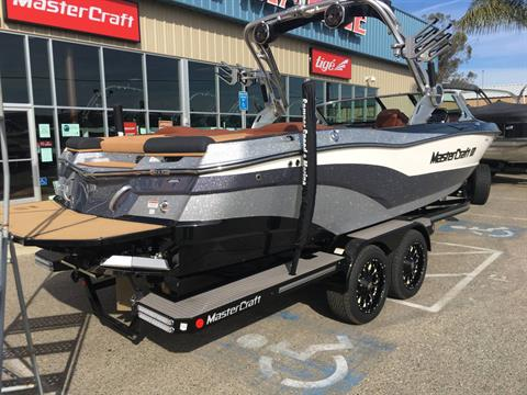 2018 Mastercraft XT25 in Madera, California - Photo 20