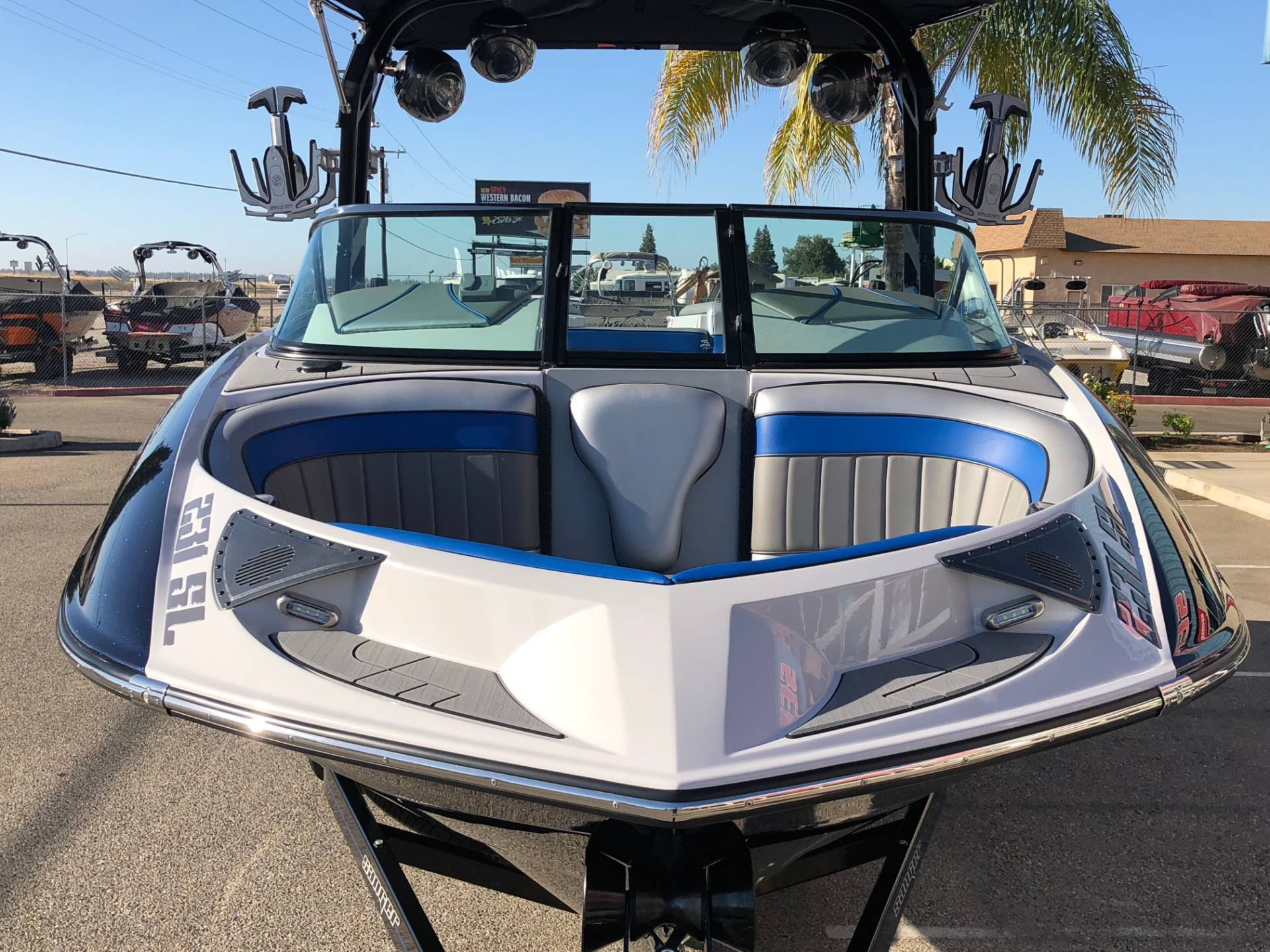 2021 Sanger Boats 231 SL in Madera, California - Photo 4