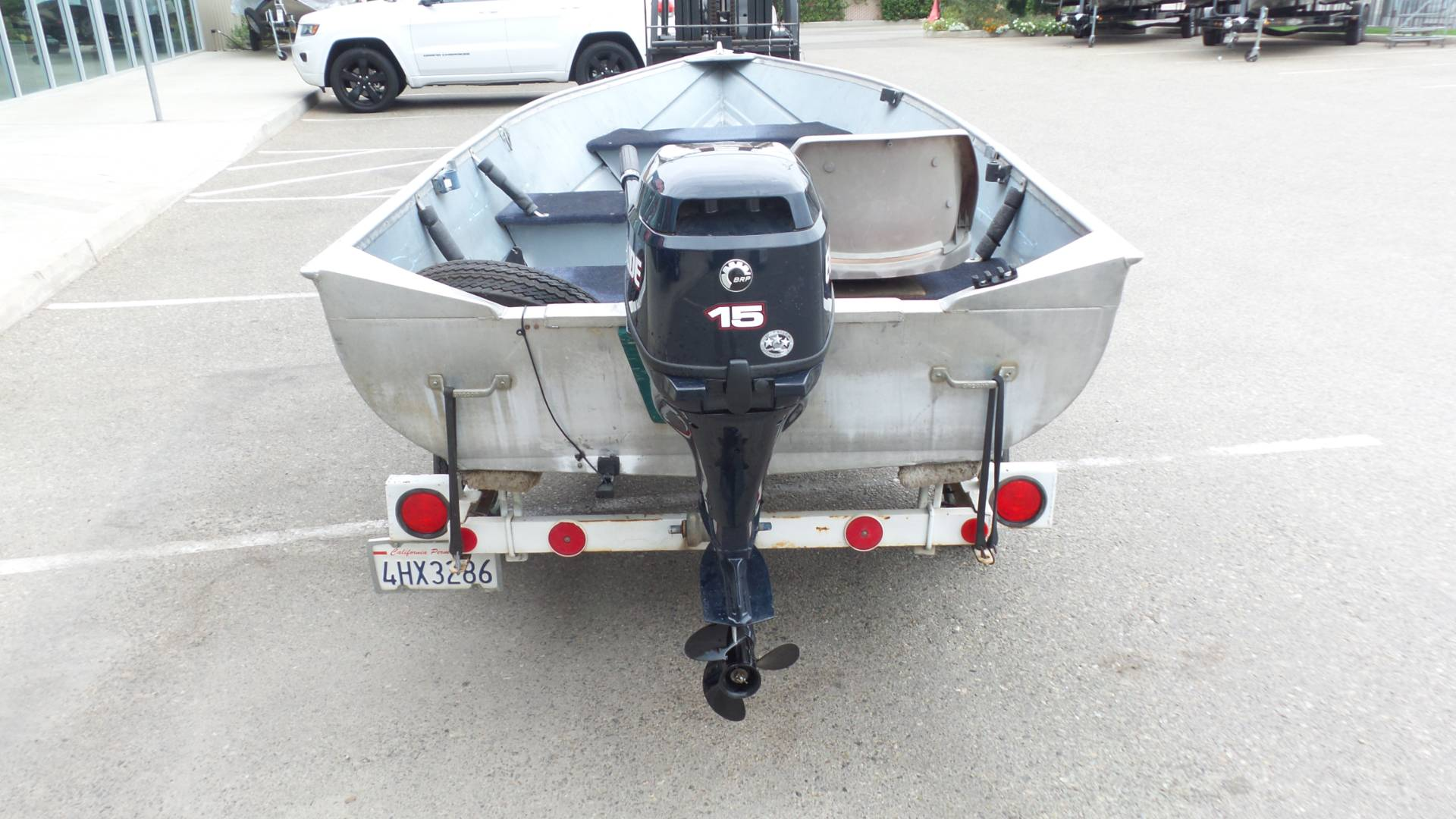 2016 EVINRUDE 15 HP 4S with 14' ALUMINUM FISHING BOAT in Madera, California