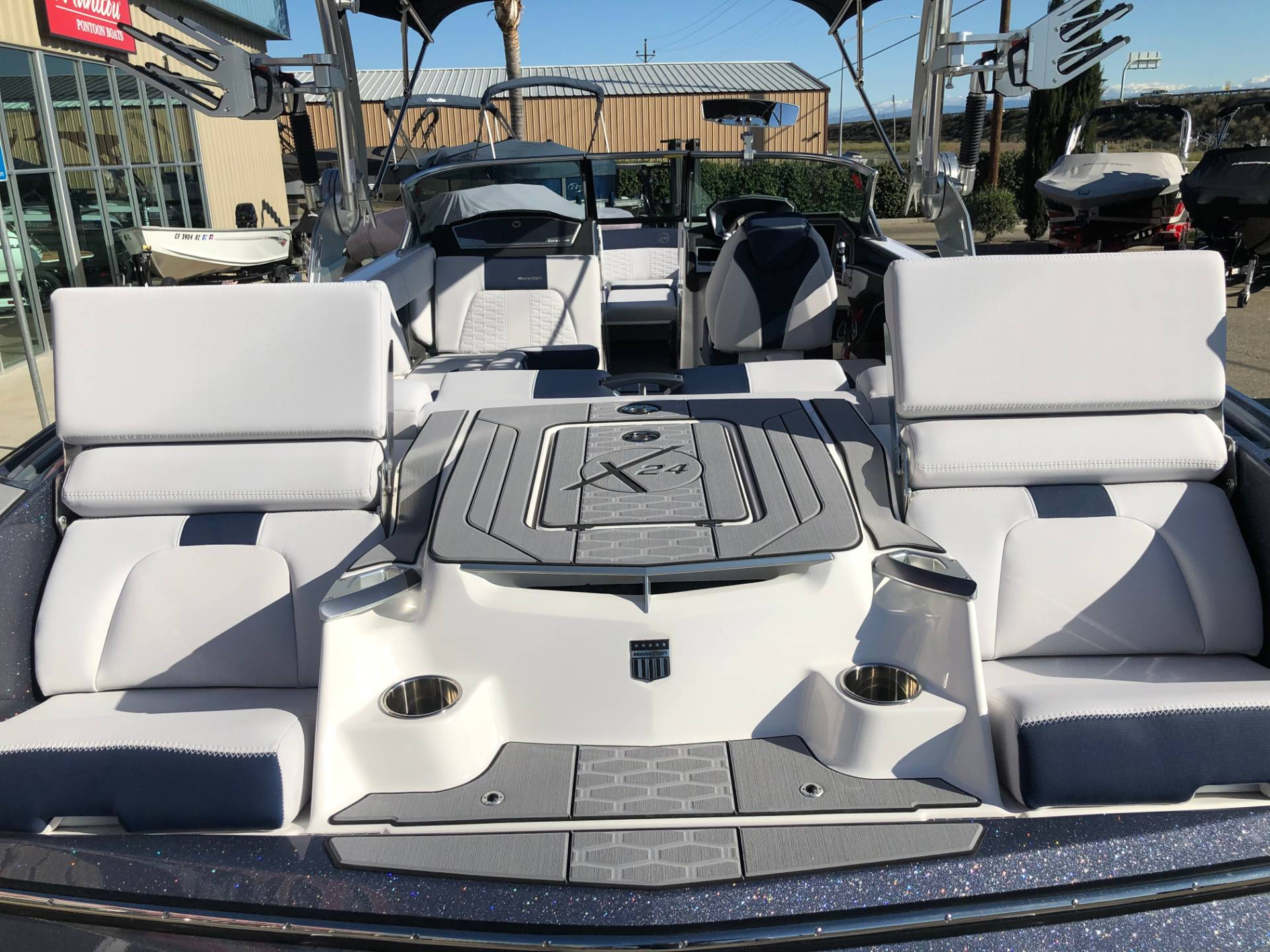 2020 Mastercraft X24 in Madera, California - Photo 8