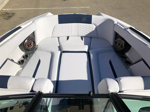 2020 Mastercraft X24 in Madera, California - Photo 10