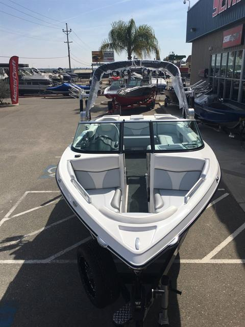 2017 Mastercraft XT21 in Madera, California