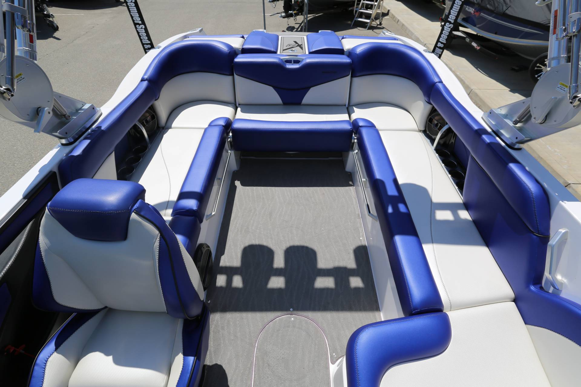 2018 Mastercraft X23 in Madera, California - Photo 9