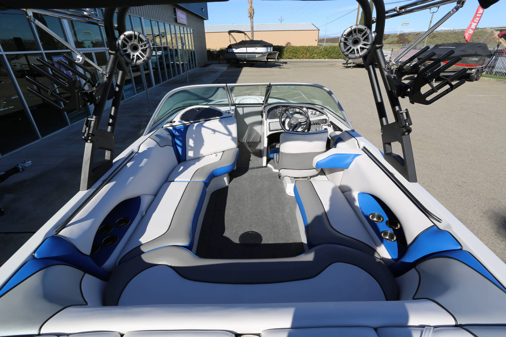 2021 Sanger Boats V215 SX in Madera, California - Photo 9