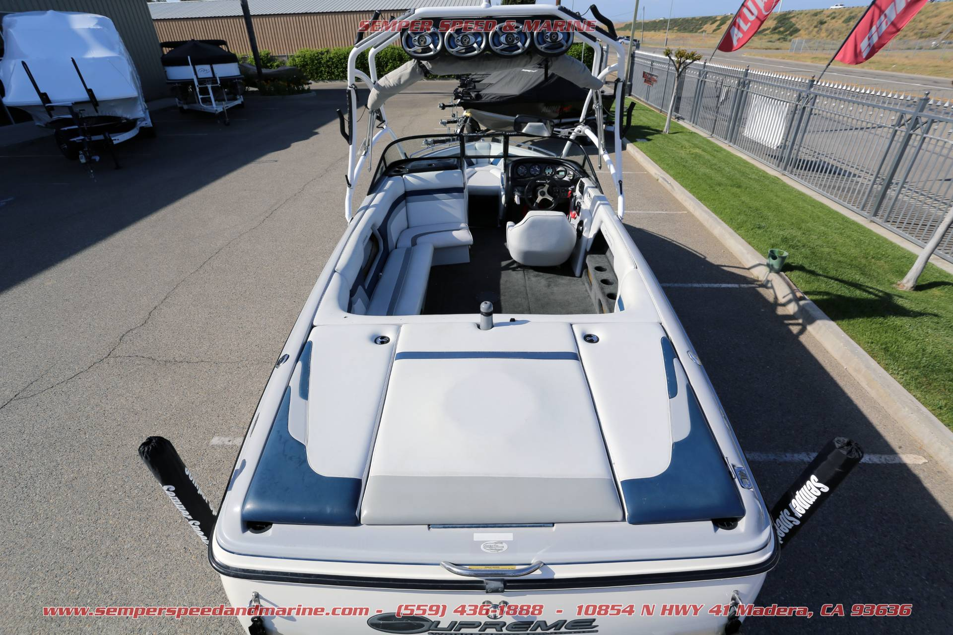 2002 Ski Supreme V220LS in Madera, California - Photo 4