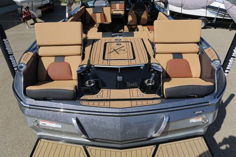 2019 Mastercraft X24 in Madera, California - Photo 7