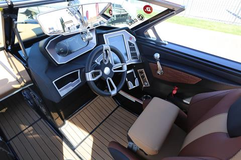 2019 Mastercraft X24 in Madera, California - Photo 12
