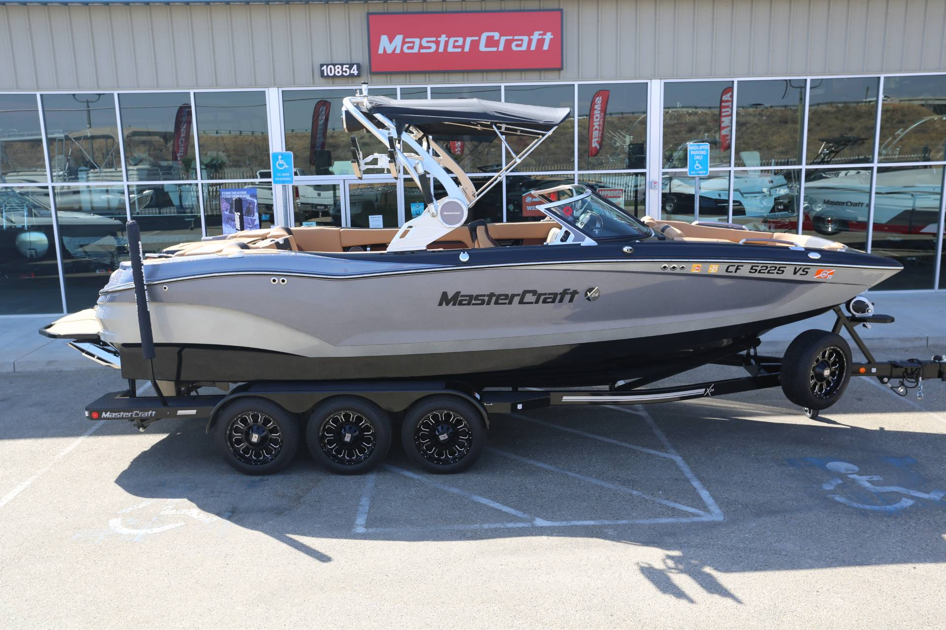 2019 Mastercraft X24 in Madera, California - Photo 20